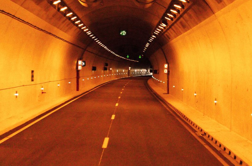 tunnel Nepal government