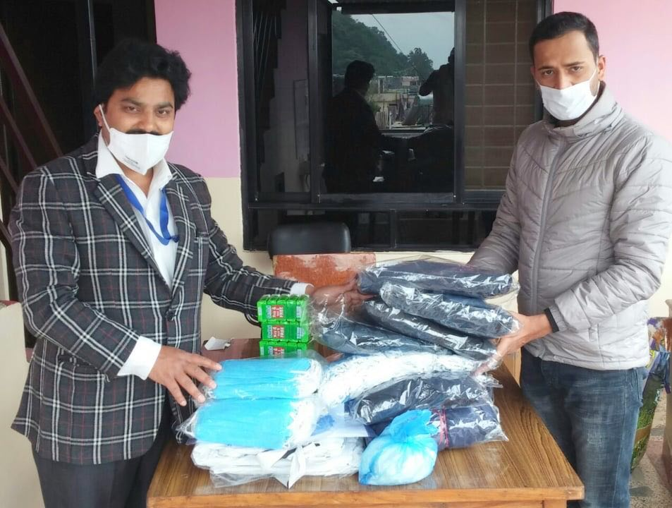 gantavya group nepal shiva adhikari donate ppi and health material in lockdown