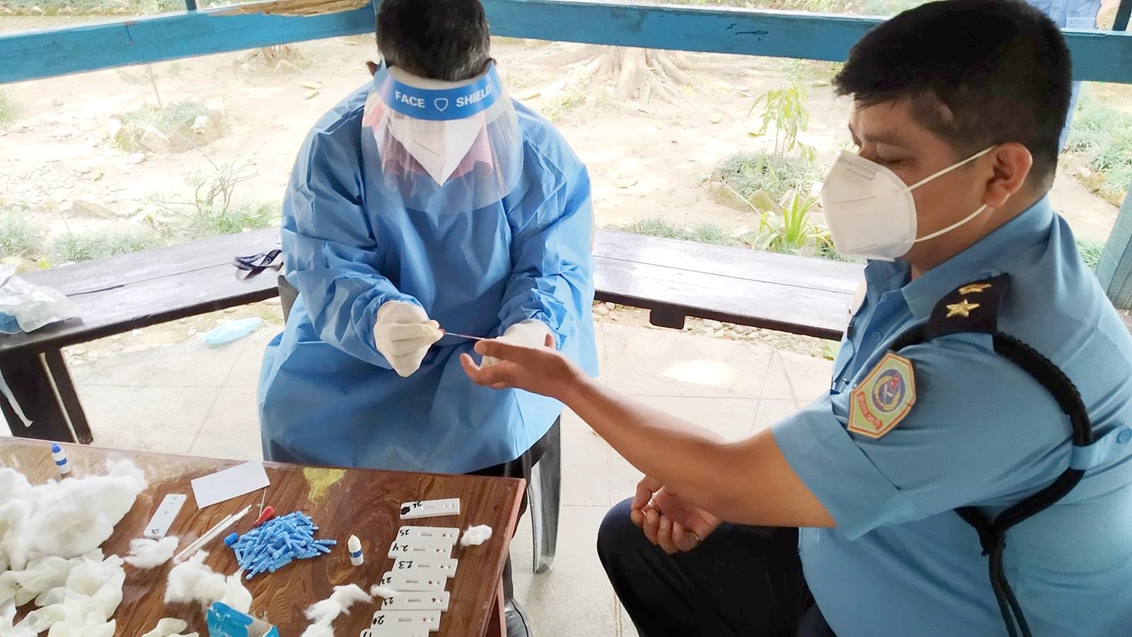rdt test nuwakot police coronavirus covid19