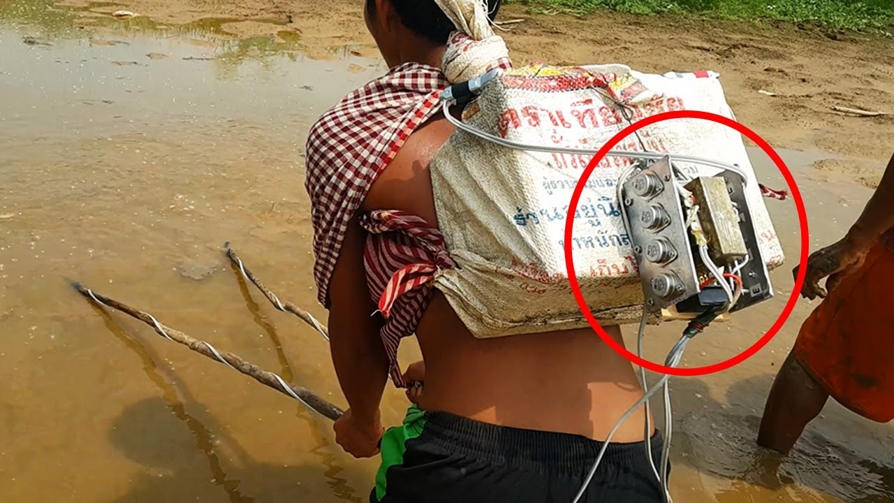 fishing using battery in river