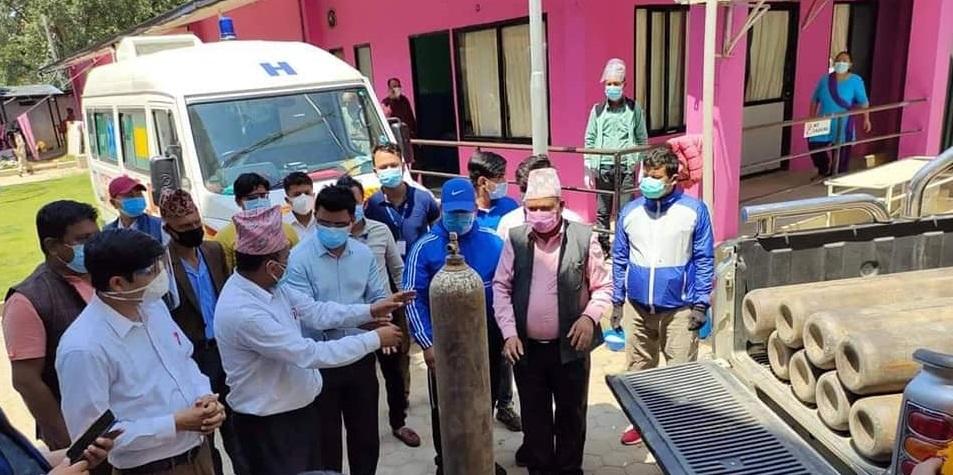 hiranath khatiwada cylinder donate to trishuli hospital