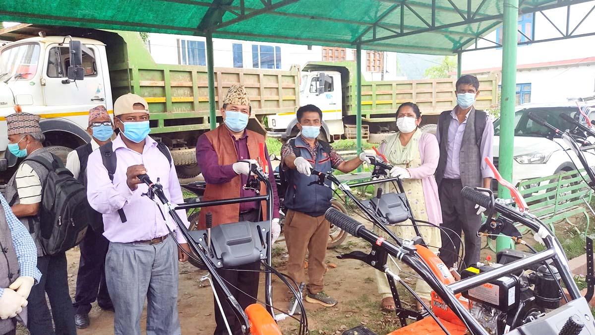 bidur municipality distribute tacker to farmer in nuwakot