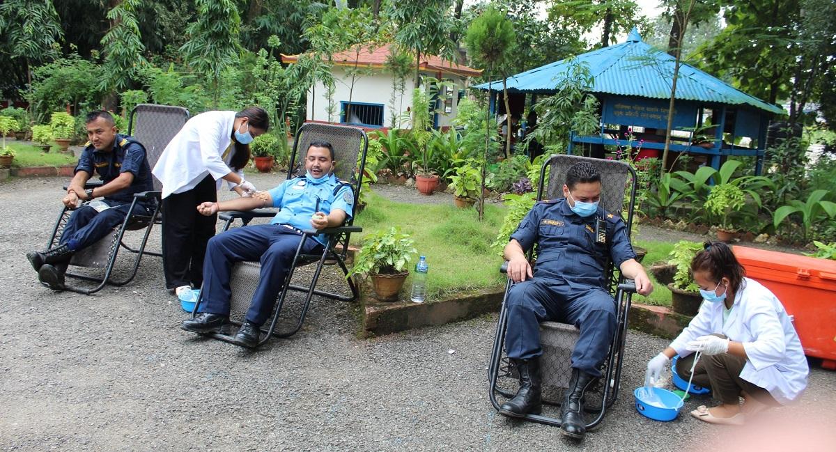 blood donation nuwakot police